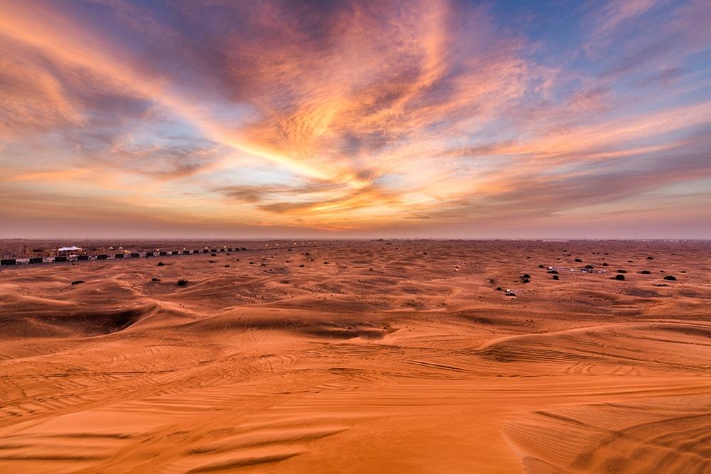 red due desert safari Dubai